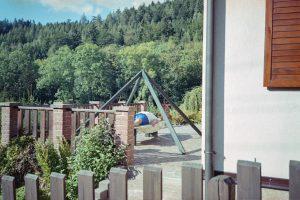 Úvodní fotografie k výstavě V Zahradě